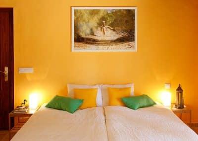 2-Gelb ist die Farbe Andalusiens