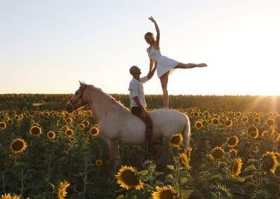Tanz-im-andalusischen-Sonnenuntergang